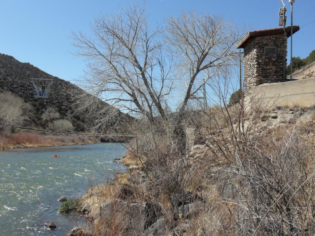 USGS begins operation of its first streamgage